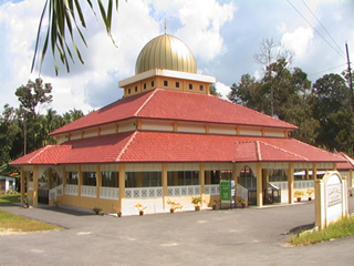 mosque_gold_dome.jpg