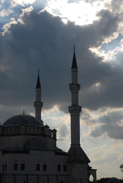 mosque_clouds1.jpg