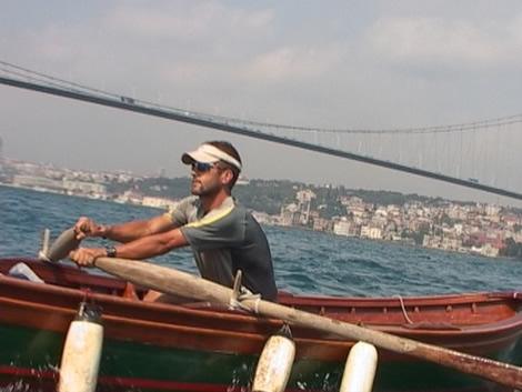 rowing_CU.jpg